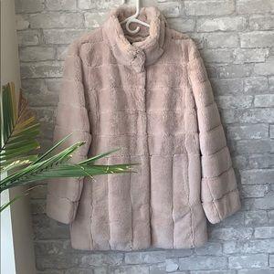 🌱fresh listing! Kirsten Blake faux fur coat